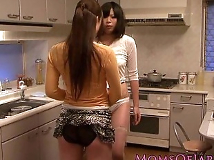 Japanese lesbian housewives licking pussy - 8..