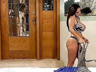 Ava Addams and Darcie Dolce at Mommys GirlHD