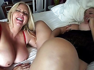 Naughty Hotel MILFs HD